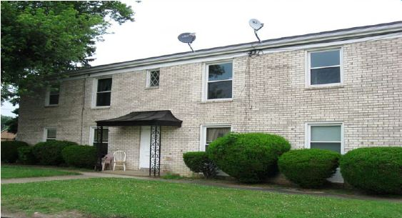 2 BEDROOM / 1 BATH APARTMENT FOR LEASE
