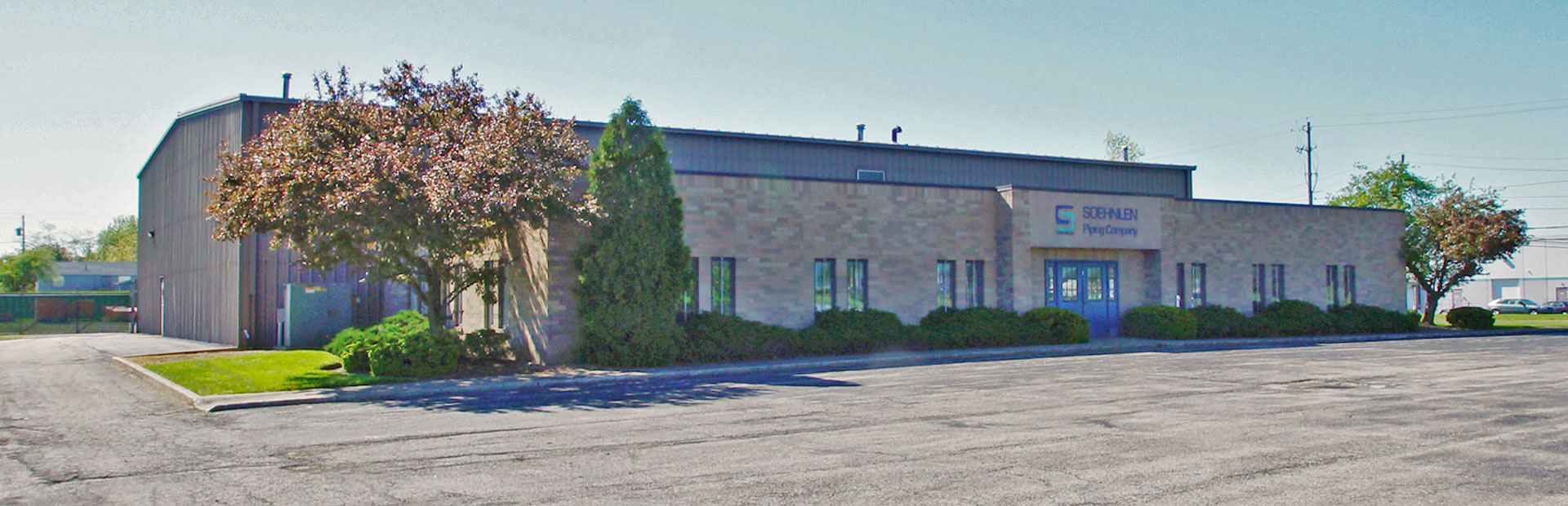 14000 SF Industrial Warehouse Office Space Available